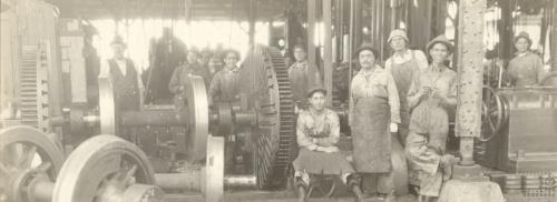 Imagen de Trabajadores en los talleres de Nonoalco